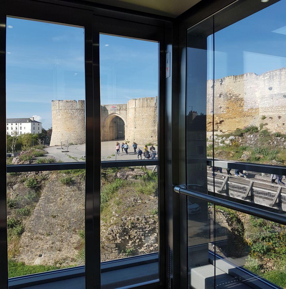 Installation d'un ascenseur à la mairie de Falaise (14)