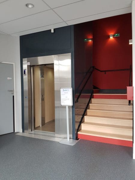 Ascenseur maison de l'enfance Lillebonne