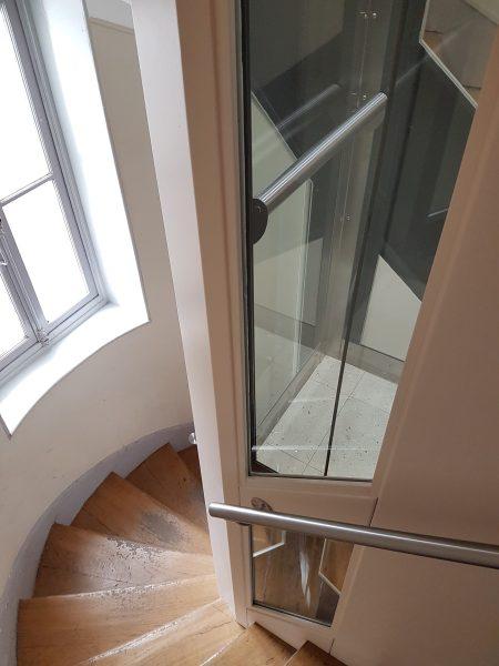 Ascenseur vitré en copropriété (92)